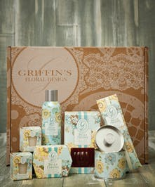 Bella Freesia Aroma Gift Set Griffins Aroma & Candle Baskets Columbus Ohio