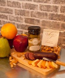 Classic Fruit And Gourmet Set