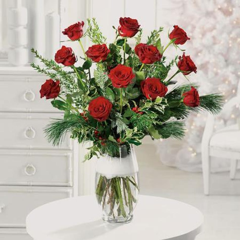 Holiday dozen roses christmas flowers columbus flower for 12 dozen roses at your door