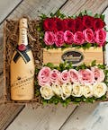 24 Roses & Moet Chandon Champagne Gift Box