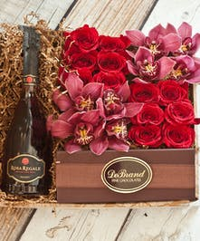 Orchids & Roses Rosa Regale Champagne Gift Box