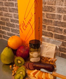 Veuve Clicquot Champagne Classic Fruit And Gourmet